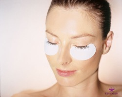 Reviderm Collagen Eye Pads bei Living Beauty Graz